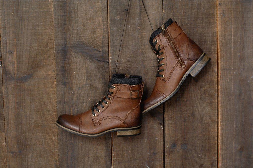 Low heel cowboy boots