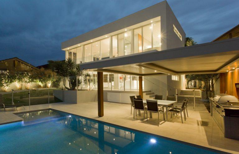 Modern backyard of a mansion