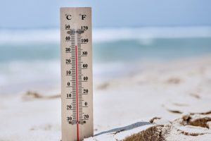 thermometer beside the beach