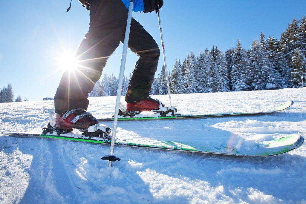 Skiing low angle