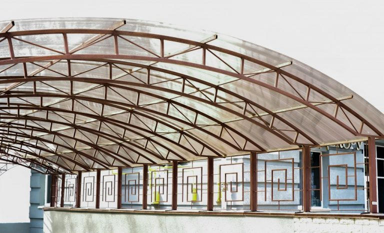 Polycarbonate canopy roof