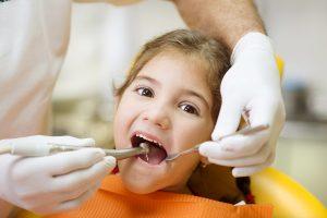 girl having dental check-up