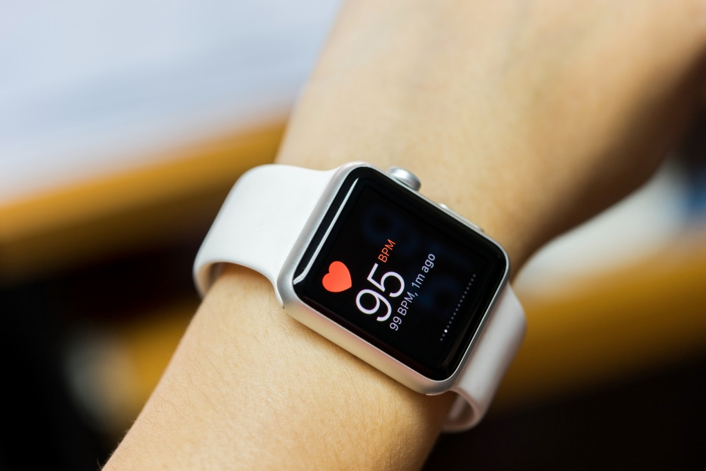 smartwatch monitoring heart rate