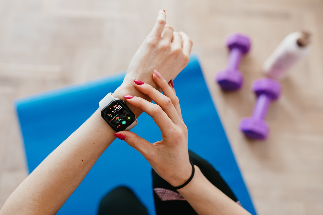 smartwatch used in the gym